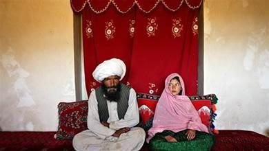 新人大婚花燭夜裡   新郎42刀刺死新娘 | 中國報 China Press